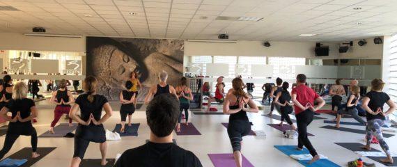 Juni yoga maand